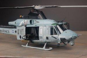UH-1Y Venom  (Vista 3)