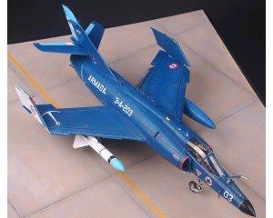 Dassault Super Etendard  (Vista 2)