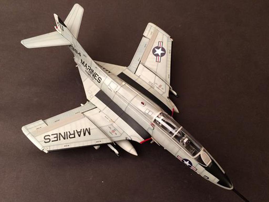 Grumman F9F/F-9 Cougar  (Vista 3)