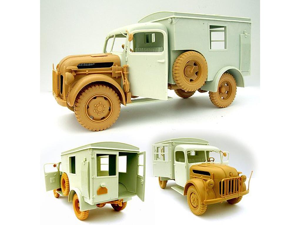 Steyr 1500A Ambulance Truck  (Vista 3)