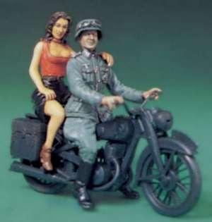 Comrade, Mon Armour II  (Vista 1)