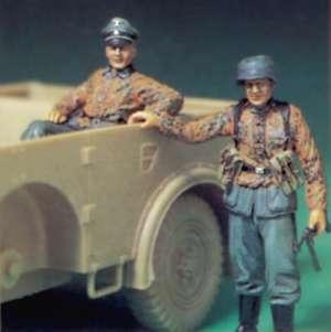 Waffen SS Officer & SS Infantry  (Vista 1)