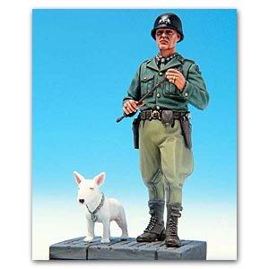 Us General Patton & Willie w/Base   (Vista 1)