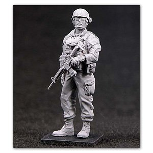 Sgt.18 Bravo(Rob) in Iraq  (Vista 1)
