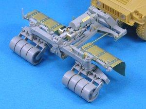 SPARK Mine Roller for Humvee  (Vista 1)