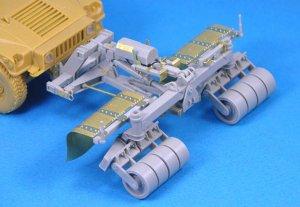 SPARK Mine Roller for Humvee  (Vista 3)