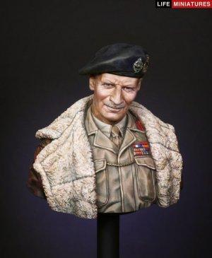 B.L. Montgomery, General, C-in-C, 21st A  (Vista 1)