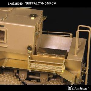 Buffalo 6x6 MPCV   (Vista 5)
