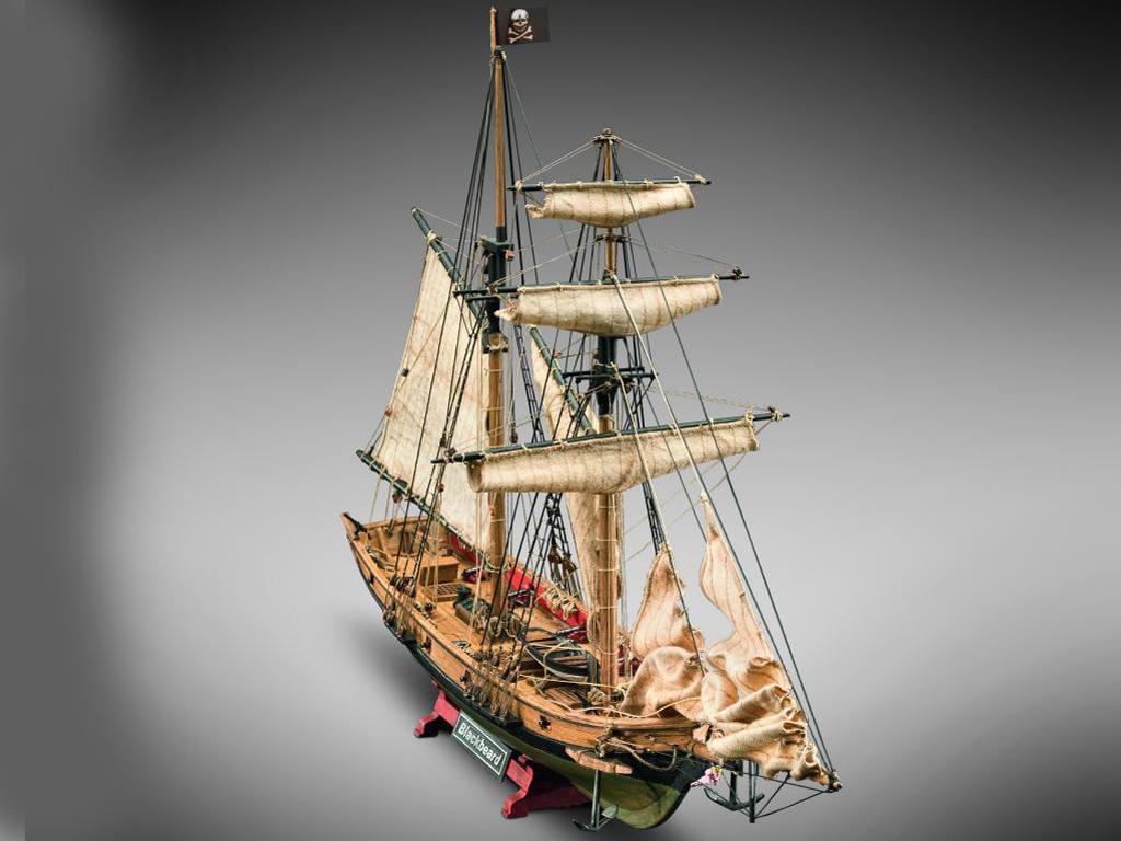 Barco Pirata Barbanegra (Vista 2)