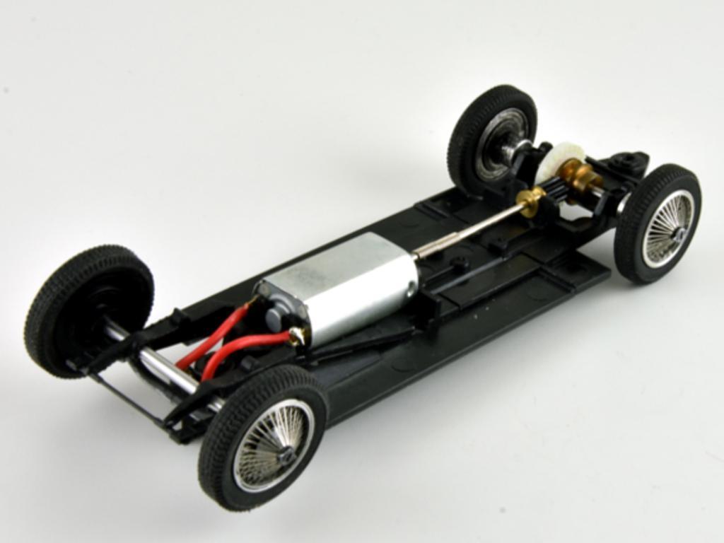 Bugatti 57C - n.1 Winner Le Mans 1939 (Vista 12)