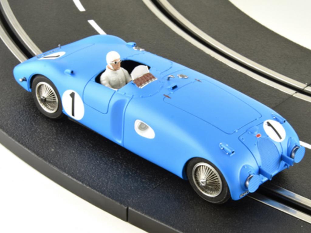 Bugatti 57C - n.1 Winner Le Mans 1939 (Vista 4)