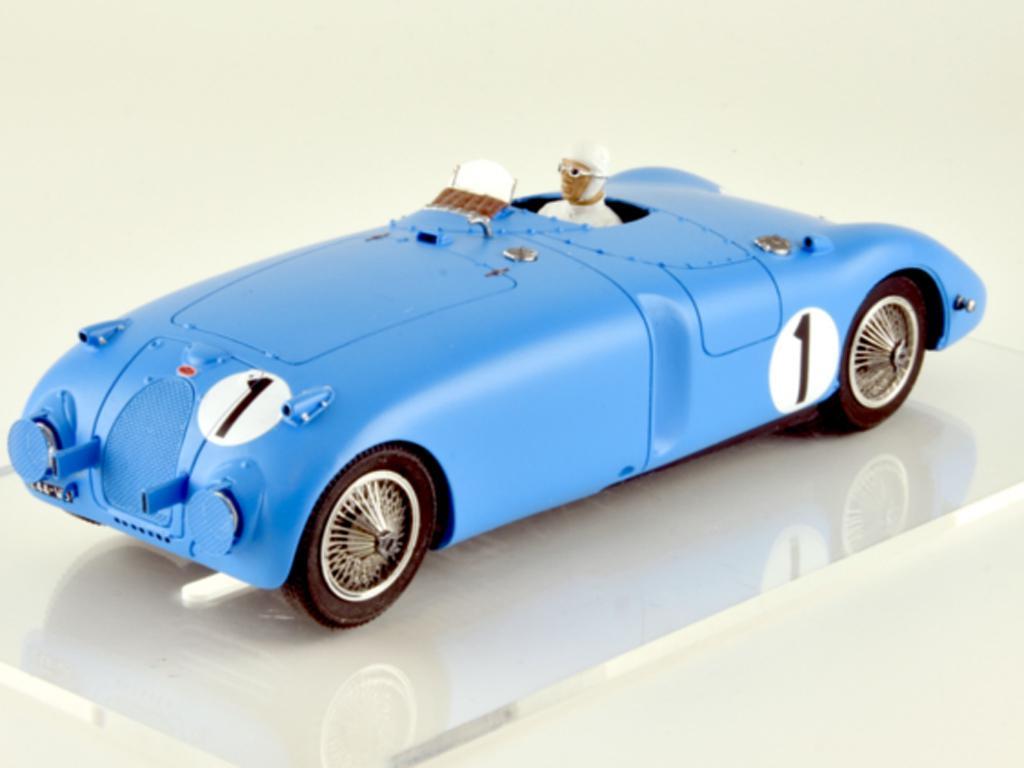 Bugatti 57C - n.1 Winner Le Mans 1939 (Vista 9)