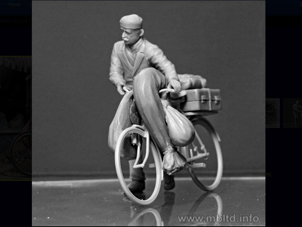 Civil Europeo en Bicicleta 1945  (Vista 5)