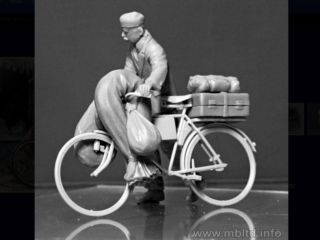 Civil Europeo en Bicicleta 1945  (Vista 6)