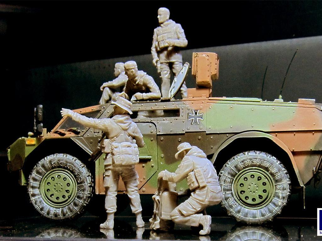 Soldados Alemanes Modernos (Vista 2)