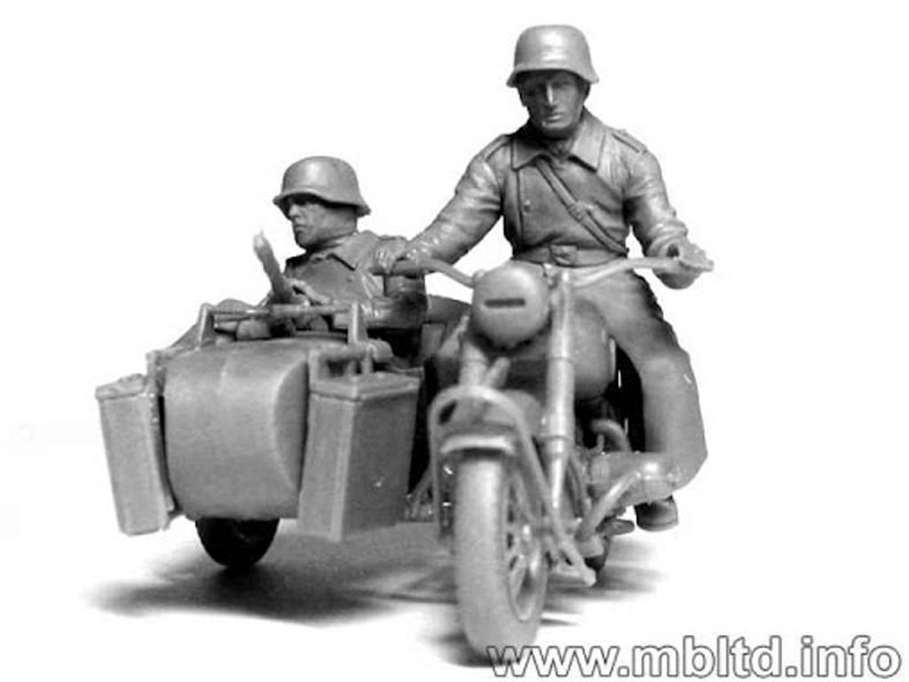 Motoristas alemanes 4 figuras y moto (Vista 11)