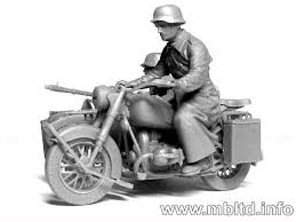 Motoristas alemanes 4 figuras y moto (Vista 4)