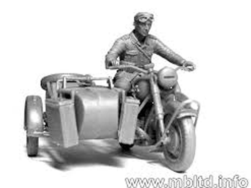 Motoristas alemanes 4 figuras y moto (Vista 5)