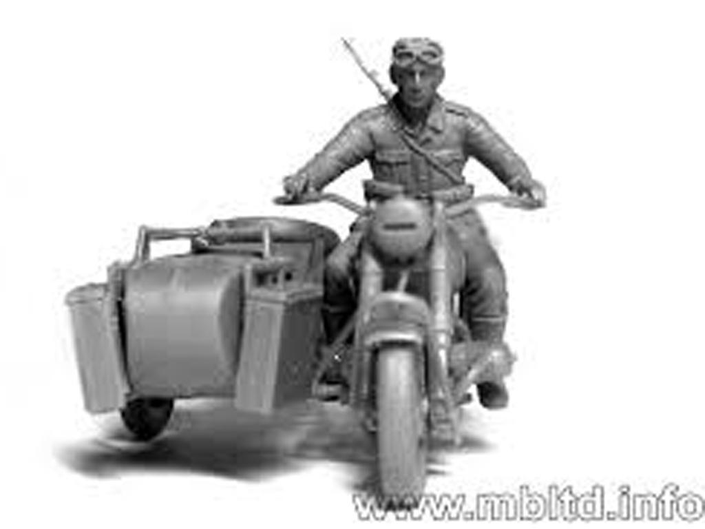 Motoristas alemanes 4 figuras y moto (Vista 6)