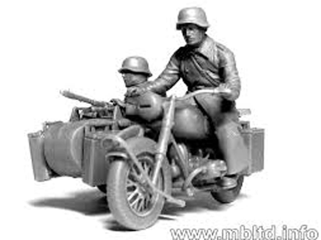 Motoristas alemanes 4 figuras y moto (Vista 8)
