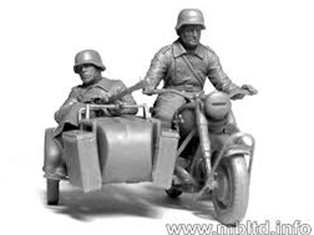 Motoristas alemanes 4 figuras y moto (Vista 9)