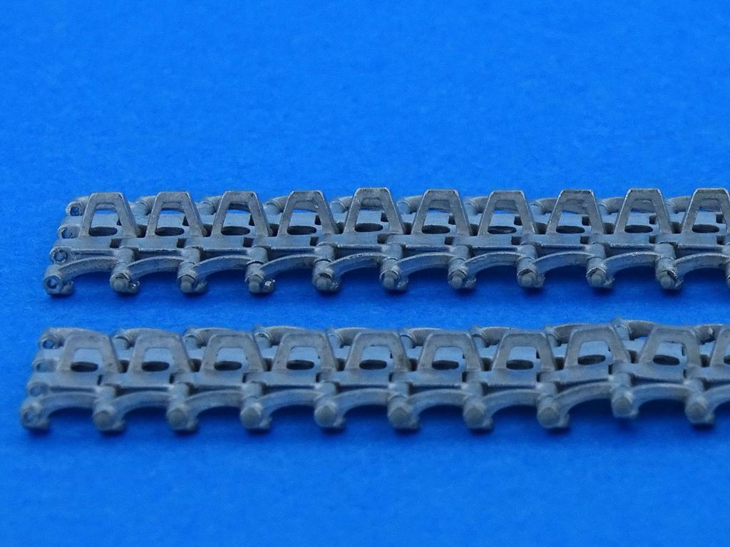 Tracks for Pz.Kpfw.III 380 mm long-horne (Vista 4)