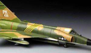 F102A  (Vista 4)