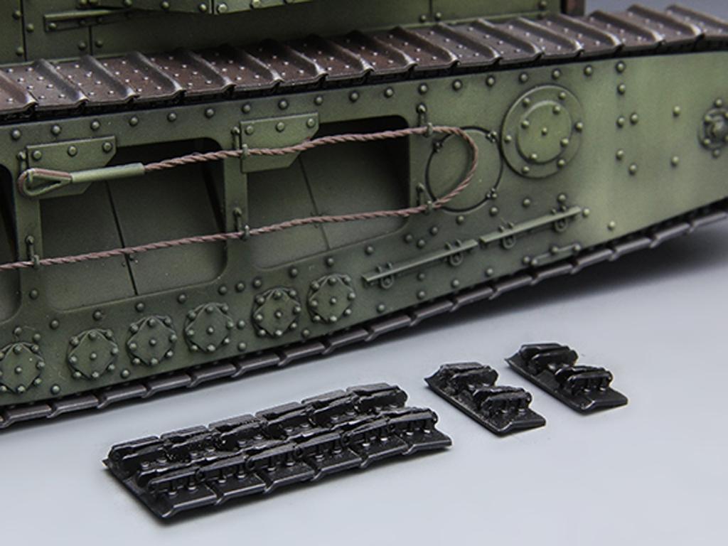 British Medium Tank Mk.A Whippet   (Vista 7)