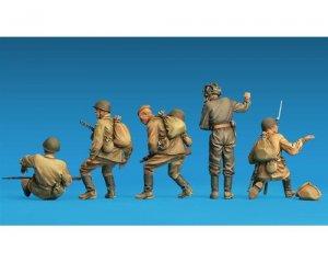 Soldados Sovieticos descansando  (Vista 3)