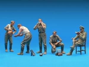 Soldados Alemanes descansando  (Vista 3)