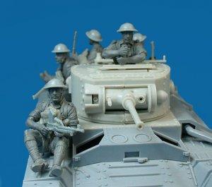 Soldados Britanicos sobre tanque  (Vista 4)