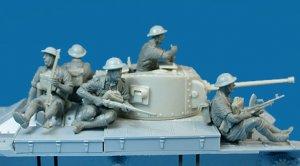 Soldados Britanicos sobre tanque  (Vista 5)