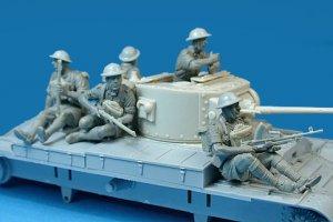 Soldados Britanicos sobre tanque  (Vista 6)