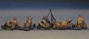 Soviet Soldiers Tanking a Break  (Vista 6)