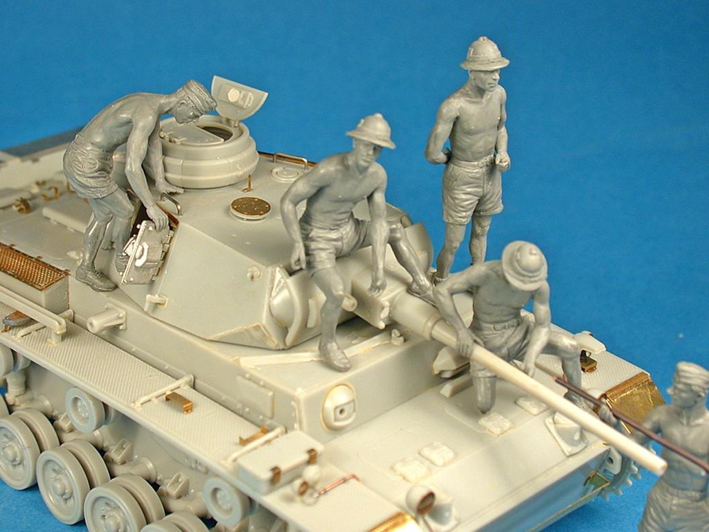 German Tank Crew Afrika Korps  (Vista 5)