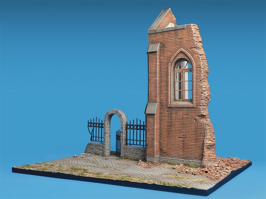 Iglesia en ruinas  (Vista 2)