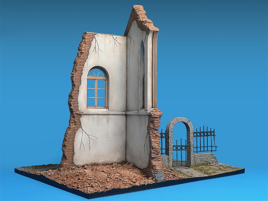 Iglesia en ruinas  (Vista 4)