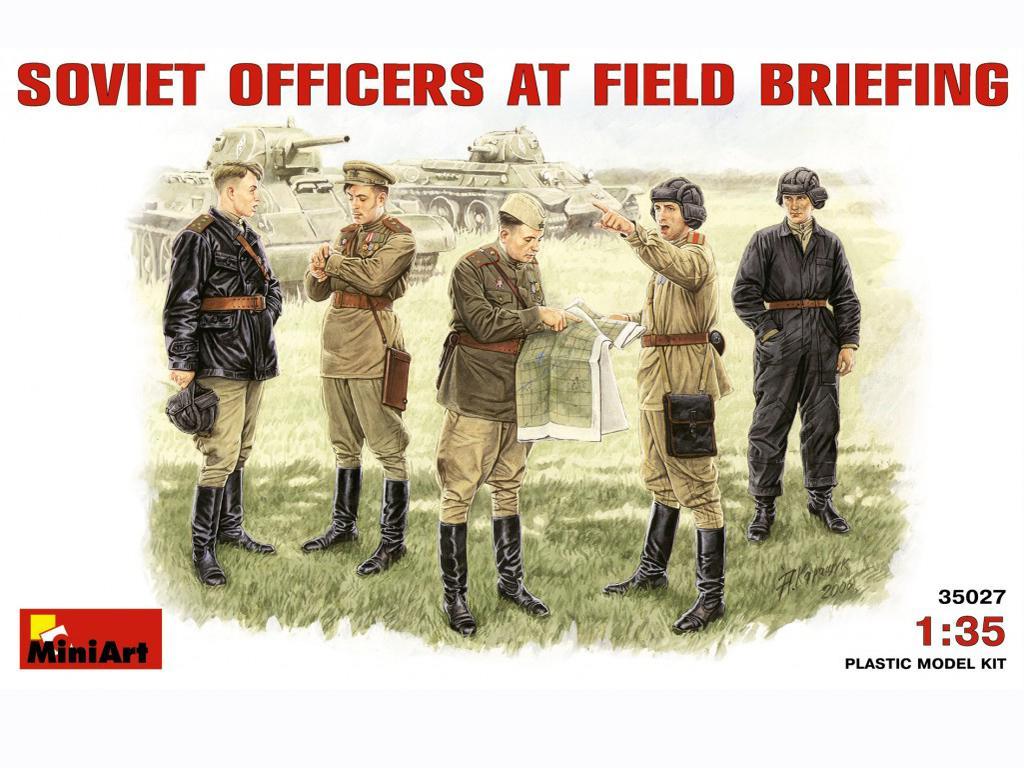Oficiales soviéticos (Vista 1)