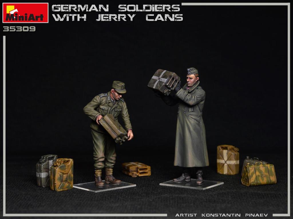 Soldados Alemanes con Jerry Cans (Vista 2)