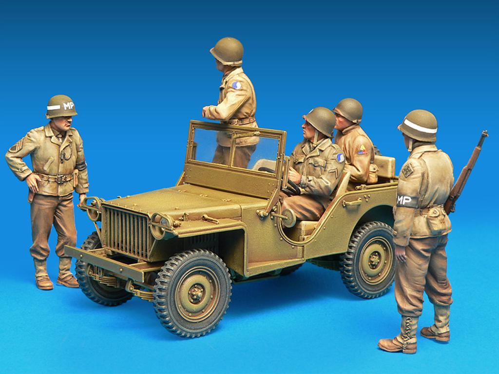 Dotacion Jeep y Policia Militar (Vista 5)