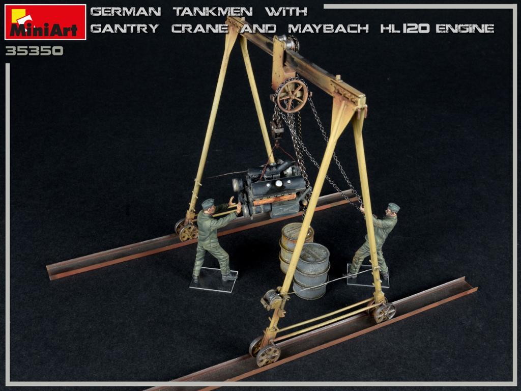 Tanquistas Alemanes con grúa de pórtico y motor Maybach HL 120 (Vista 6)