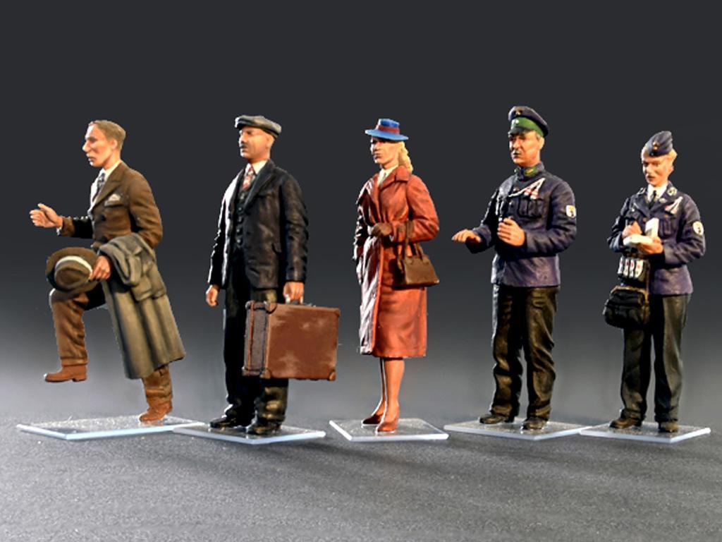 Revisores y pasajeros Tranvia (Vista 3)