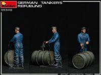 Tanquistas Alemanes Repostando (Vista 16)