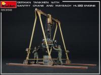 Tanquistas Alemanes con grúa de pórtico y motor Maybach HL 120 (Vista 10)