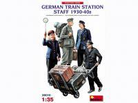 Personal de la Estación de Tren Alemana 1930-40 (Vista 10)