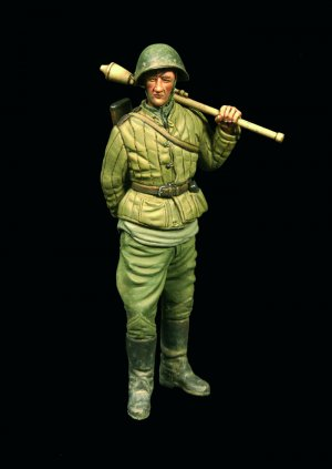 Russian Scrounger With Panzerfaust  (Vista 3)