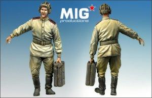 Tanquista Ruso con lata de combustible  (Vista 1)