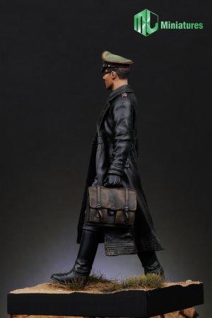 Oficial Aleman  (Vista 3)