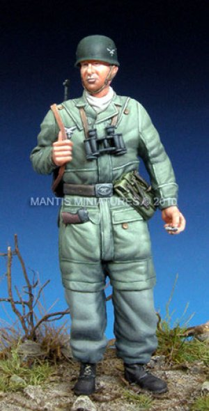 German Paratrooper   (Vista 1)