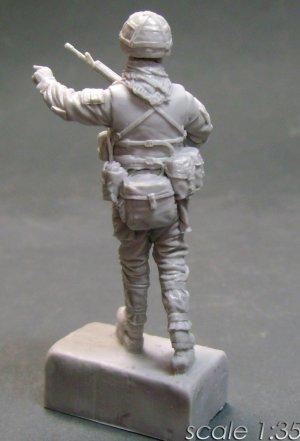 Sgt. British Motorized Infantry   (Vista 2)